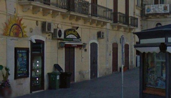 Pizzeria L'archetto Pizza Al Metro, Mola di Bari