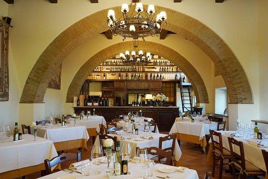 Castello Banfi La Taverna, Montalcino