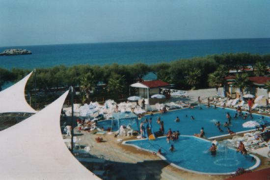 Le Vele Resort a Brolo - Menù, prezzi, recensioni del ristorante