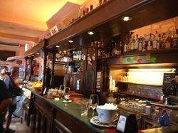 Bar Centrale, Petriolo