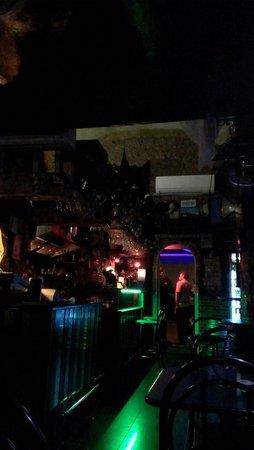 Tennent's Tavern, Napoli