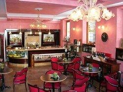 Cafe De Paris, Pesaro