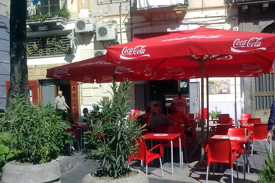 Pizzeria Oliva-corso Garibaldi, Napoli