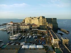 Il Transatlantico, Napoli