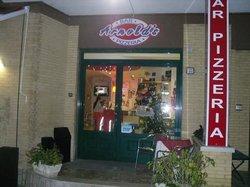 Arnold's, Fermo