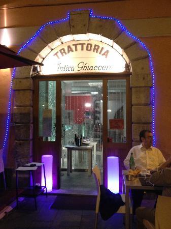 Antica Ghiacceretta, Trieste