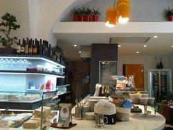Bar X, Trieste