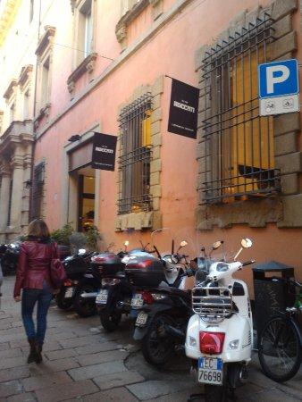 Roccati Cioccolato, Bologna