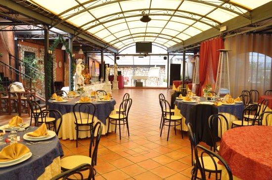 Paradiso Latino Club, Mentana