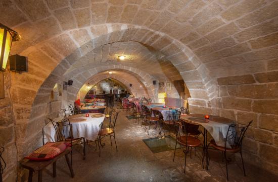 Taverna Le Fogge, Taranto