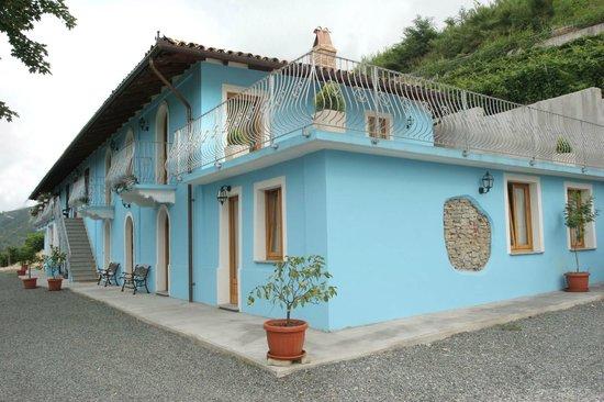 Agriturismo La Bella Estate, Cuneo