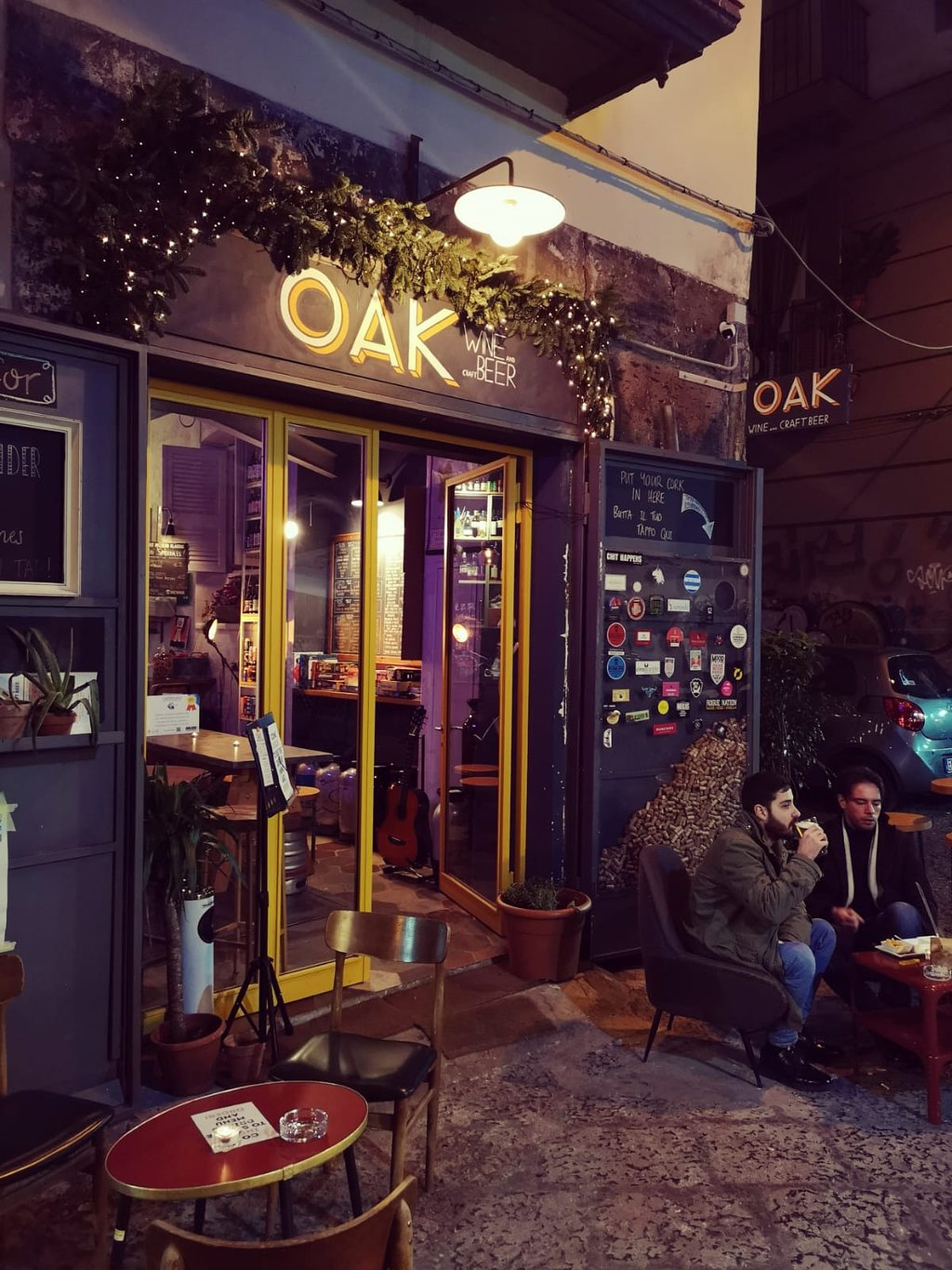 Oak Wine And Craft Beer Bar, Napoli