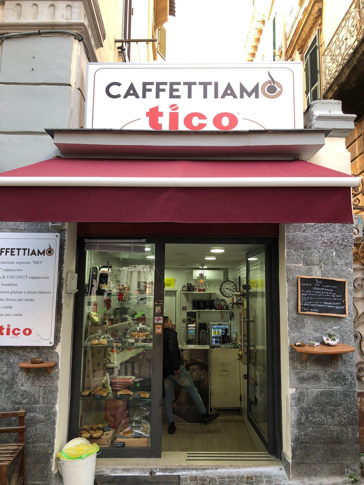 Caffettiamo, Napoli