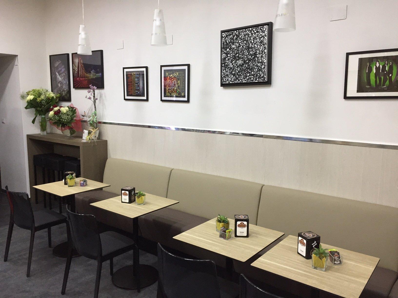 Domart Café, Napoli