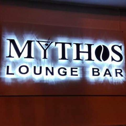 Mythos Lounge Bar, Baiano