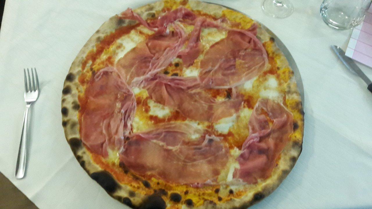 Ristorante Pizzeria Cares C'e', Bigarello