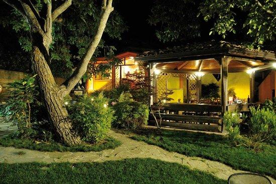 Al Giardino, Monteverde