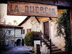 Agriturismo La Quercia, Canossa