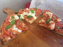 Foto del ristorante Pizzeria La Bomba