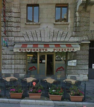 Pizzeria Vesuvio Di Vassallo Francesco, Trieste