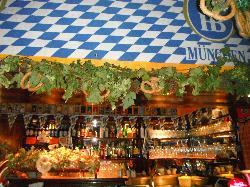 Mini Pub 2, Trieste