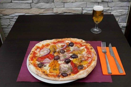 Pizzeria La Tana, Trieste