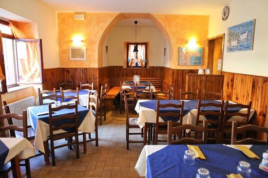 Pizzeria Contovello-n Kuntevelu, Trieste