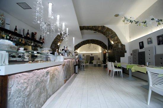 White Cafe, Trieste