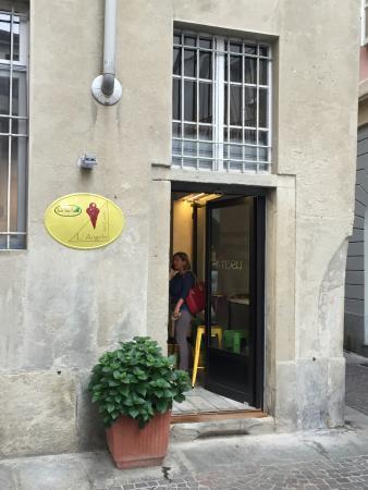 L'angolo Del Gusto Naturalmente Gelato, Vercelli