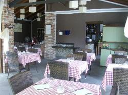 Il Piccolo Borgo Osteria E Vineria, Borgo Ticino