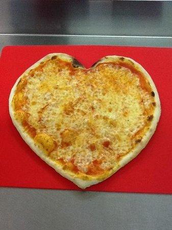Pizza Sea, Trecate
