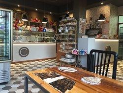 Pasticceria Calabro Caffe E Dolcezze, Novara