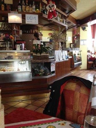 Pizzeria Da Giorgio, Caprile