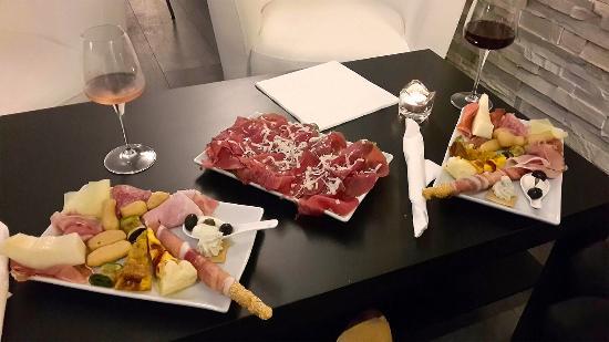 Red Wine, Biella