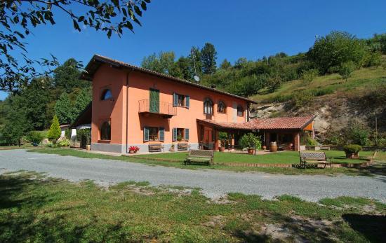 La Casa Nel Bosco, Cassinasco