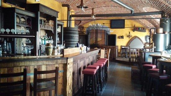 New Castle Pub, Acqui Terme