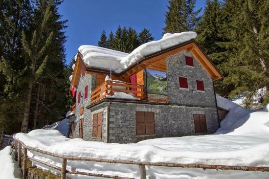 Rifugio Scotti, Val Masino