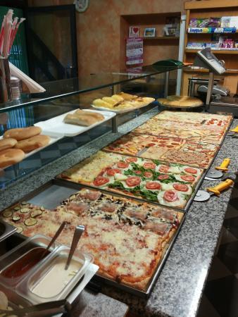 Pizza Express, Tirano
