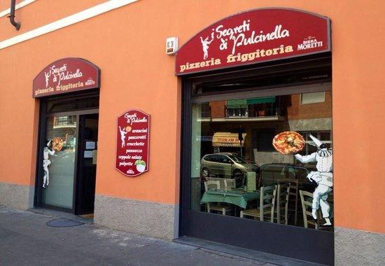 I Segreti Di Pulcinella, Milano