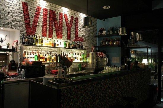 Vinyl, Milano
