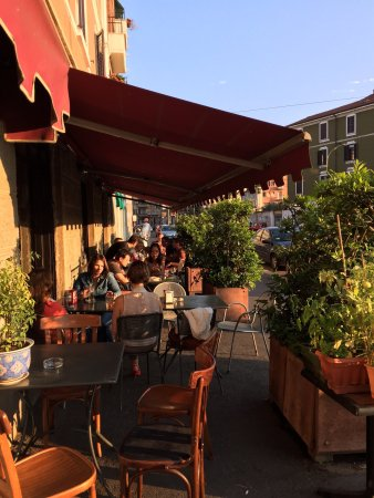 Devoti Bar, Milano