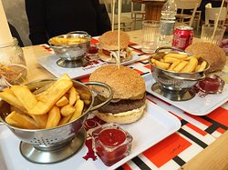 Pop's House Of Burger, Lecco