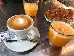 Max's Caffè, Milano