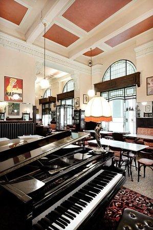 Gran Caffe Liberty, Asola