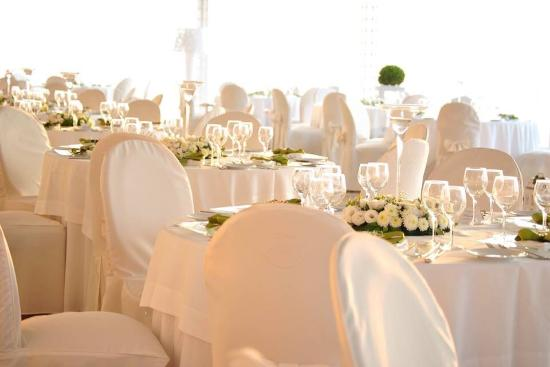 Elisabetta Luxury Events, Lettere