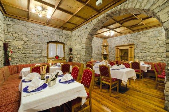Ristorante Pizzeria Kaiserstube, Canazei