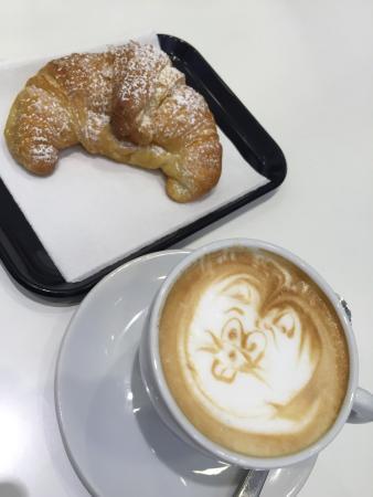 Cafè C'est Chic, Roma