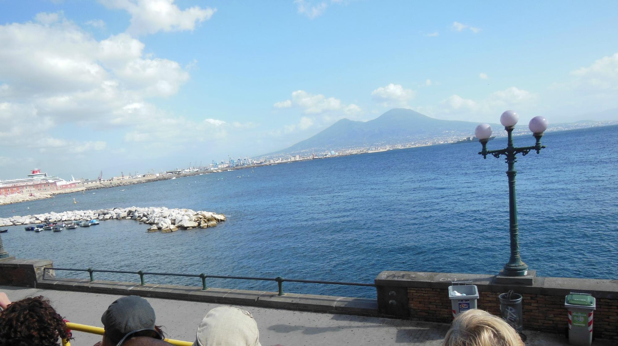 Hop on Hop Off Bus, Naples
