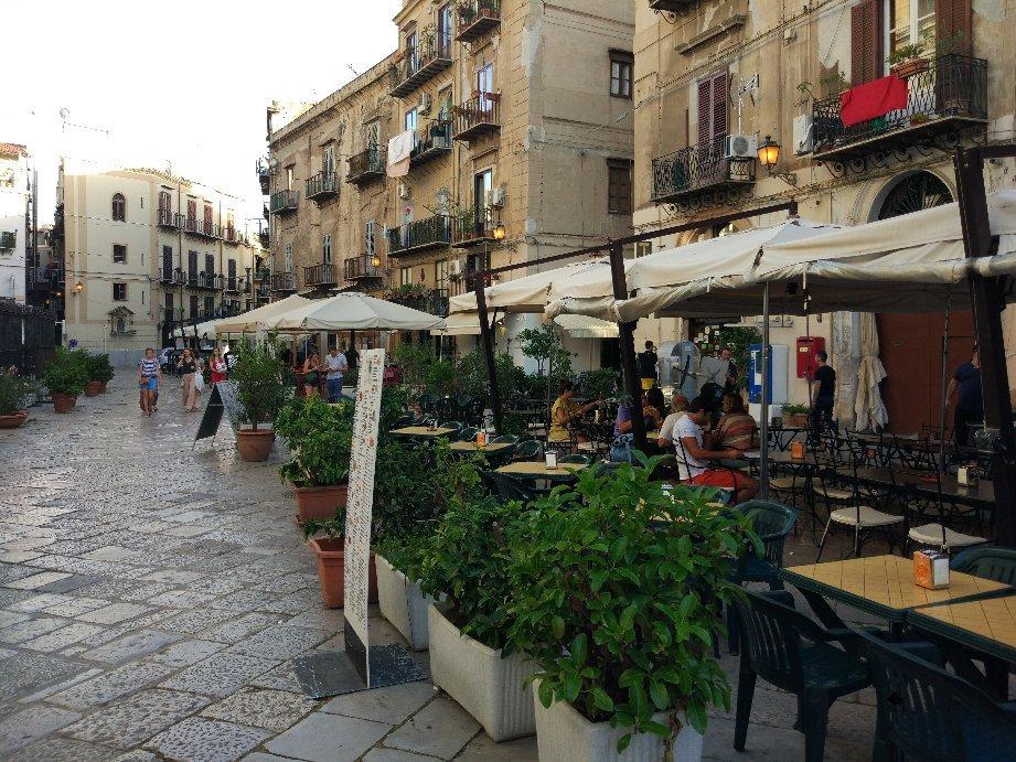 Piazza Olivella