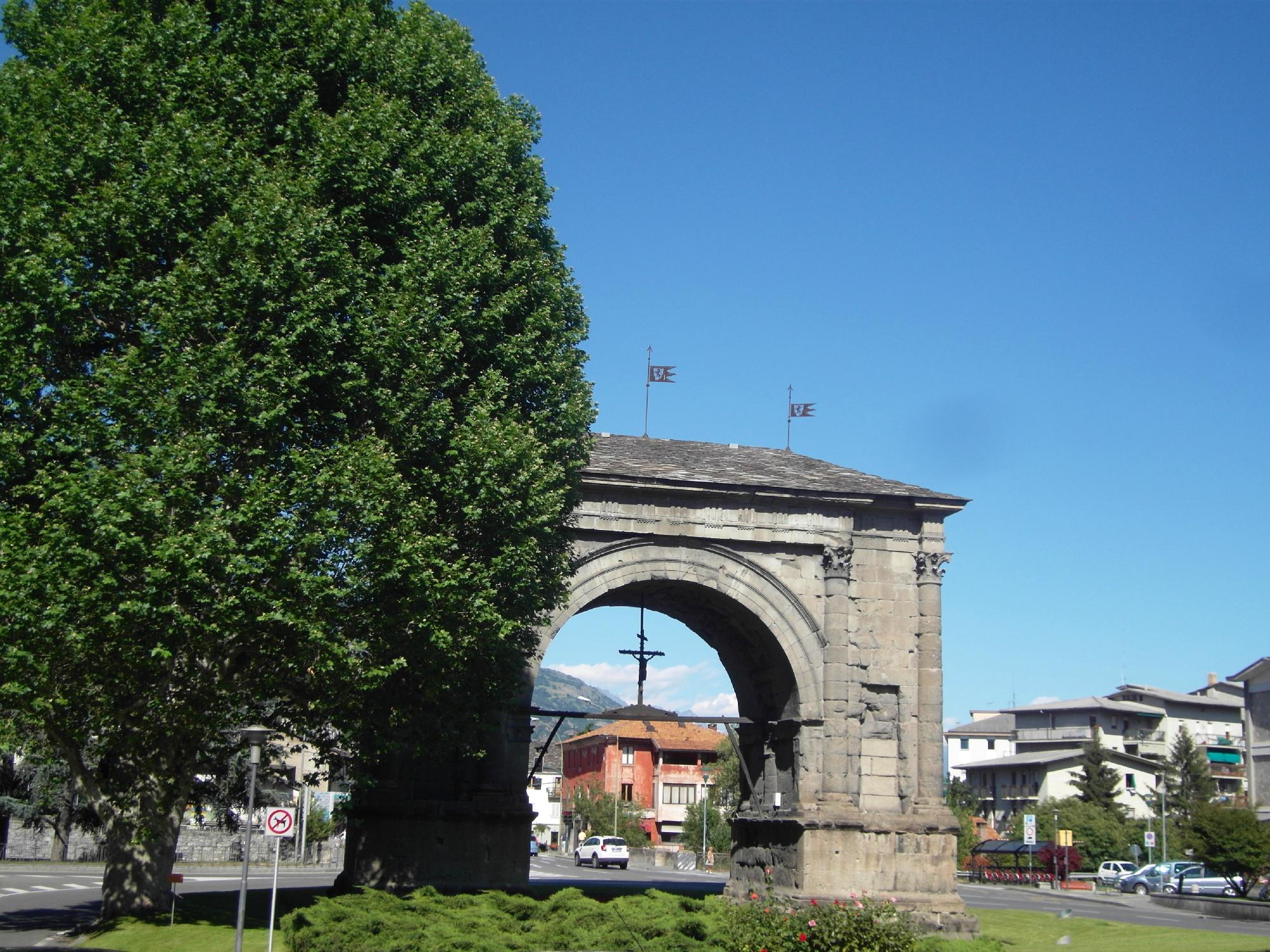 Arco Onorario d'Augusto